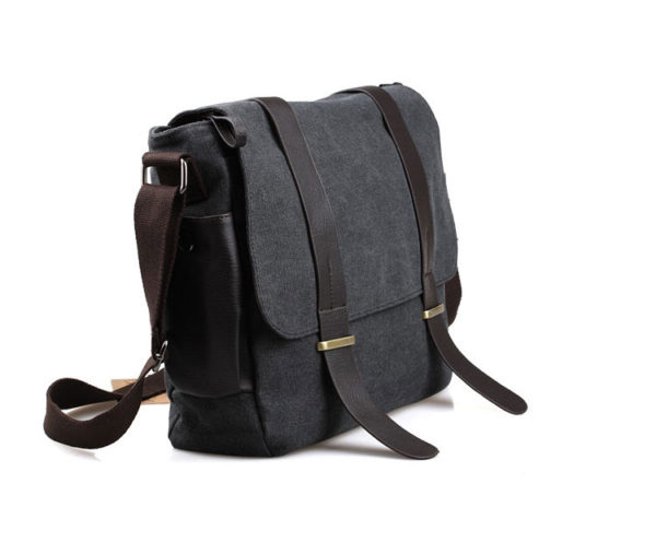 กระเป๋าสะพายข้าง ผ้าแคนวาส สีดำ