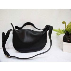 FQ&L กระเป๋า ( FAPBL-021-W9-OF ) สี BLACK